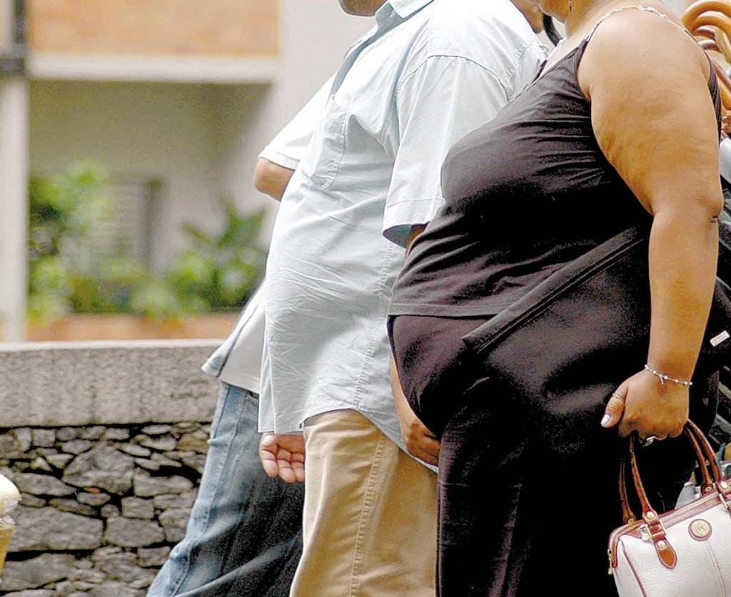 Especialistas recomendam uma alimentação saudável e exercícios físicos (Foto: Fernando Donasci/Folhapress)