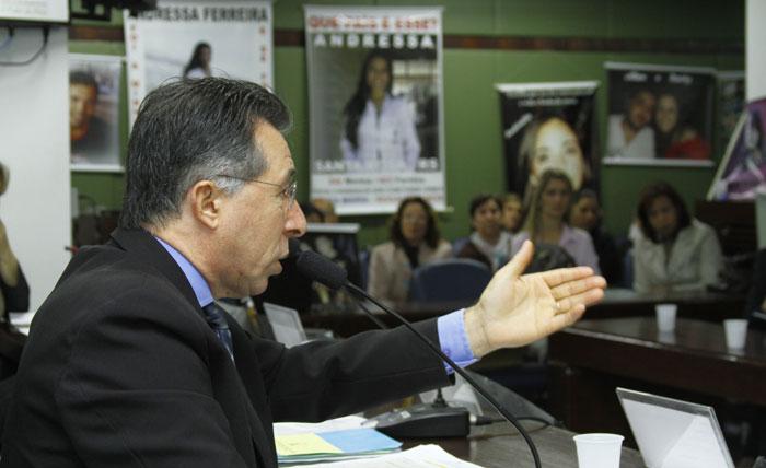 Valdeci Oliveira