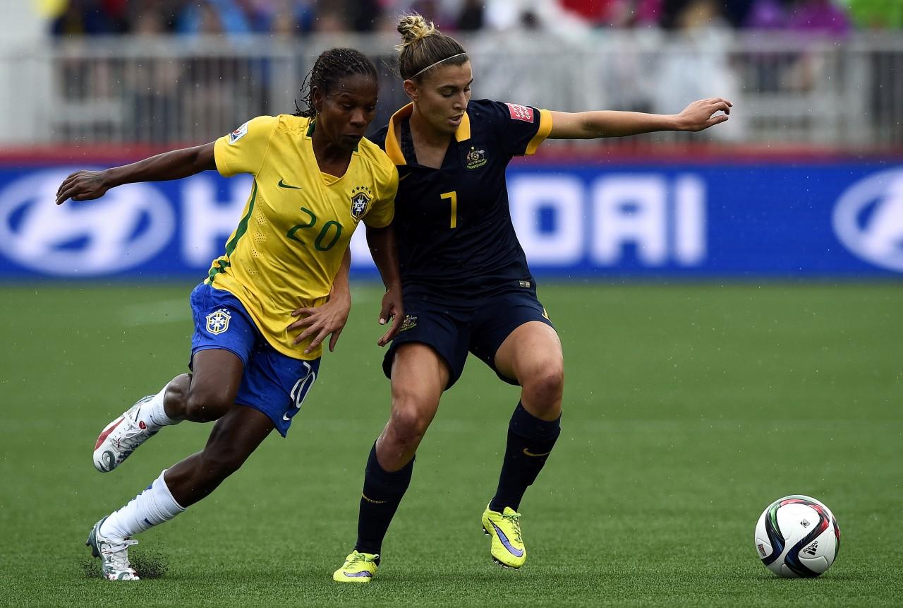 Veterana Formiga (E), de 37 anos, jogou seu último Mundial pelo Brasil. (Foto: Franck Fife/AFP)