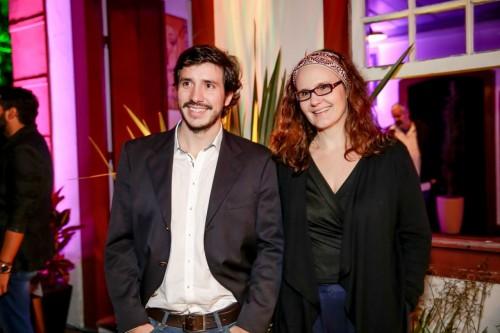 Vika Schabbach e Fernando Zugno vão participar da mostra de teatro. (Foto:  Vini Dalla Rosa/divulgação)
