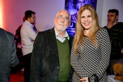 Rosana Debom e Flávio Dutra durante os drinques de lançamento do Porto Alegre em Cena. (Foto:  Vini Dalla Rosa/divulgação)
