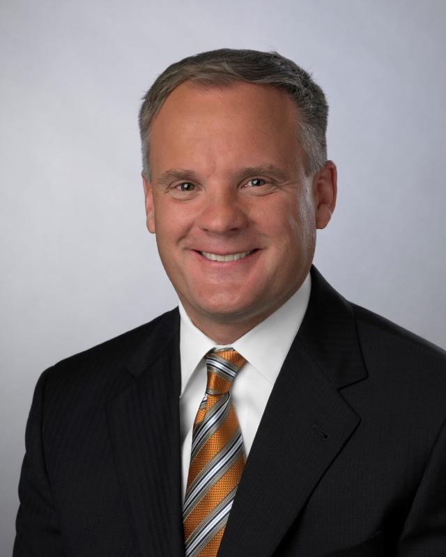 Dana Holding CEO Kamsickas