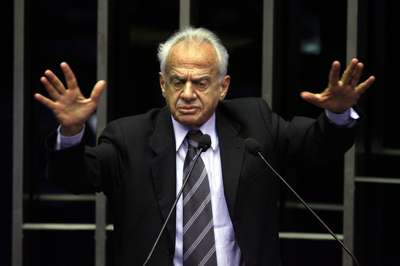 Pedro Simon palestra no LIDE RS
