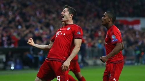 Polonês Lewandowski marcou mais três gols nesta terça-feira. (Foto: Bayern de Munique/Divulgação)