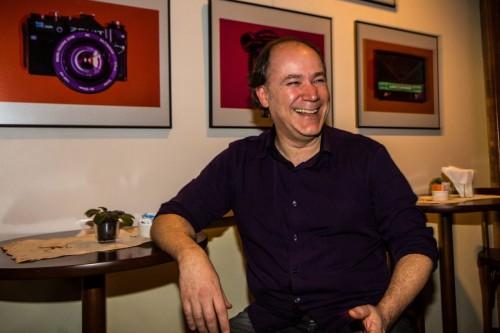 A coleção de fotos de Eduardo Scaravaglione pode ser conferida neste final de semana no Café do Margs. [Foto: Jackson Ciceri/ O Sul)