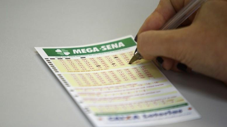 Os números sorteados nesta quinta-feira foram: 10, 24,  25, 36, 47 e 48 (Foto: Lucas Uebel/O Sul)