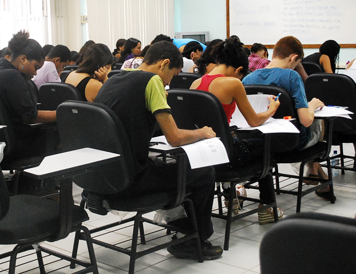 O ProUni concede bolsas de estudo integrais e parciais em cursos de graduação em instituições privadas de educação superior de todo o País (Foto: Reprodução)
