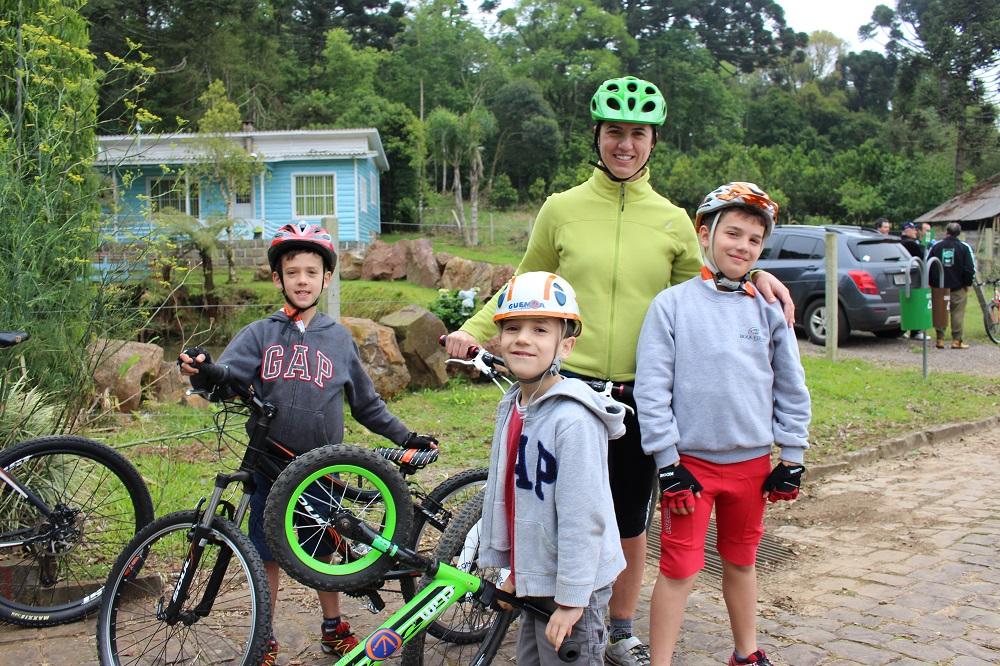 Familia Flinker - Rota Cicloturística das Ervateiras