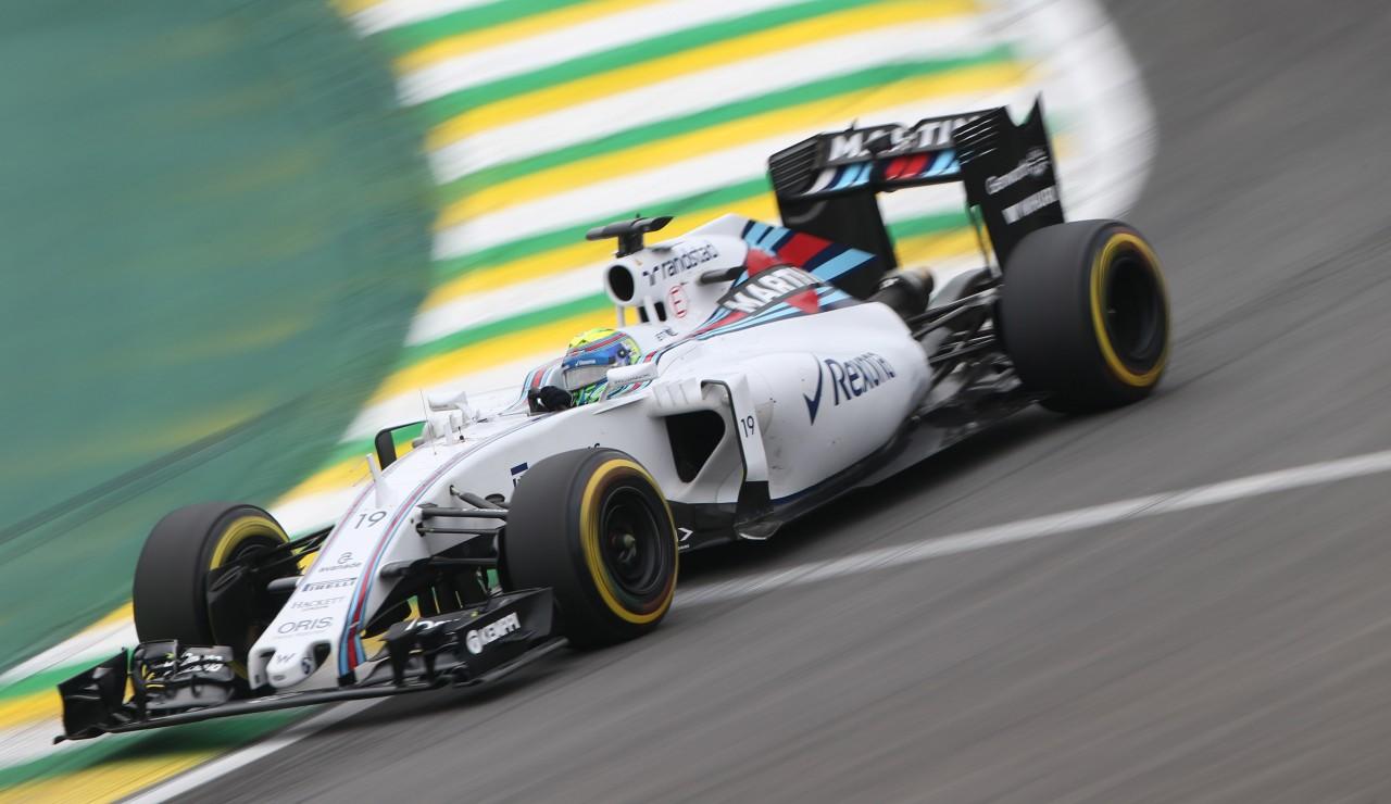 Brasileiro Felipe Massa acabou excluído da prova por irregularidades no pneu traseiro da sua Williams. (Foto: Beto Issa/Folhapress)