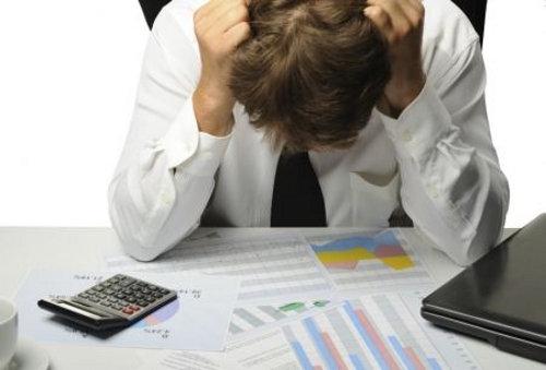 Segundo levantamento da Serasa Experian, SPC Brasil e Boa Vista SCPC, esses devedores têm, juntos,  21,5 bilhões de reais  em dívidas que não estão sendo contabilizadas – o que pode ter impacto no mercado de crédito. (Foto: Reprodução)
