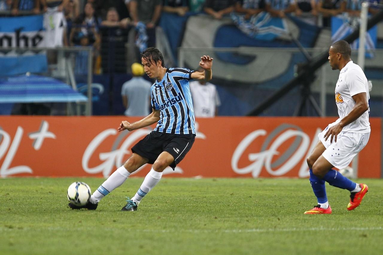 Zagueiro seguirá comandando a defesa. (Foto: Lucas Uebel/Grêmio)