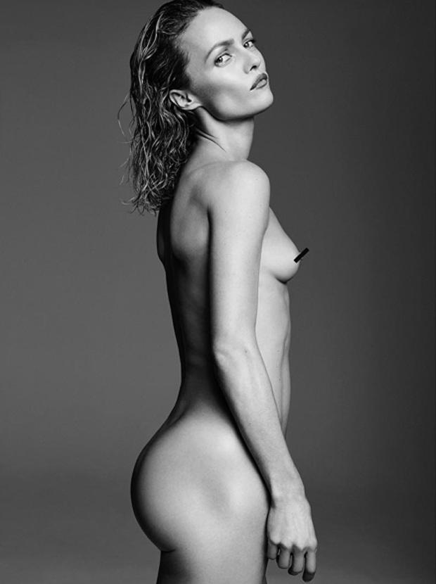 Aos 42 anos, Vanessa Paradis, ex-mulher de Johnny Depp, posa ... faaa1e2057