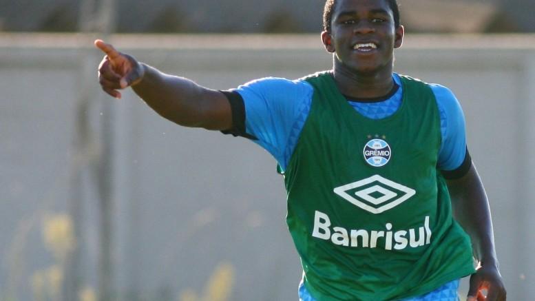 Atacante deixará o Tricolor. (Foto: Lucas Uebel/Grêmio)