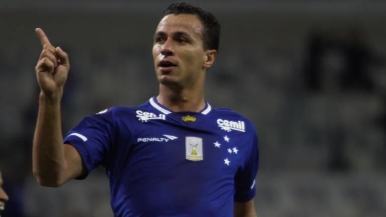 Jogador está em litígio com o Santos. (Foto: Fernando Michel/AE)