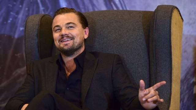 Homem se passa por Leonardo DiCaprio e dá golpe de 6 mil reais em Brasília