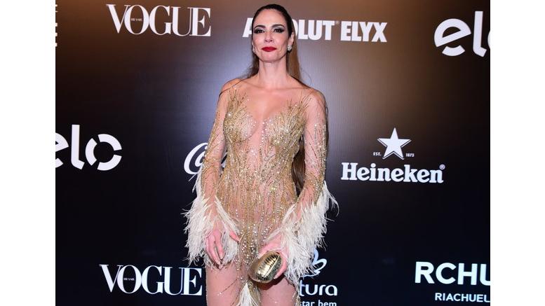 """df8d44dec Luciana Gimenez usa look sexy e brinca  """"Tem calcinha e sutiã"""""""