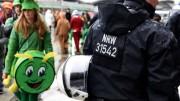 Jornalista belga foi abordada por homens durante uma transmissão ao vivo. (Foto: reprodução)