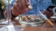 Uso do tabaco é o principal fator de risco. (Foto: Joe Klamar/AFP)