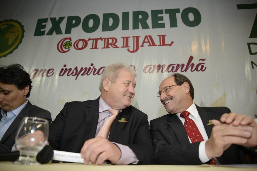 Governador José Ivo Sartori com Nei Mânica, presidente da Cotrijal.  Foto: banco de dados/O Sul