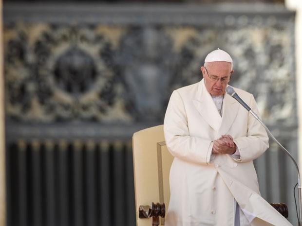 """O pontífice pediu a busca de """"soluções negociadas para a grave crise humanitária, social, política e econômica que está assolando a população"""" venezuelana (Foto: AFP)"""