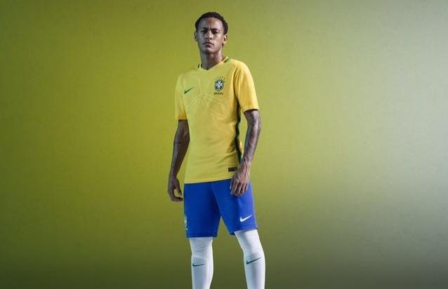 3071411c73 CBF divulga imagens do novo uniforme da Seleção Brasileira em sua página no  Facebook