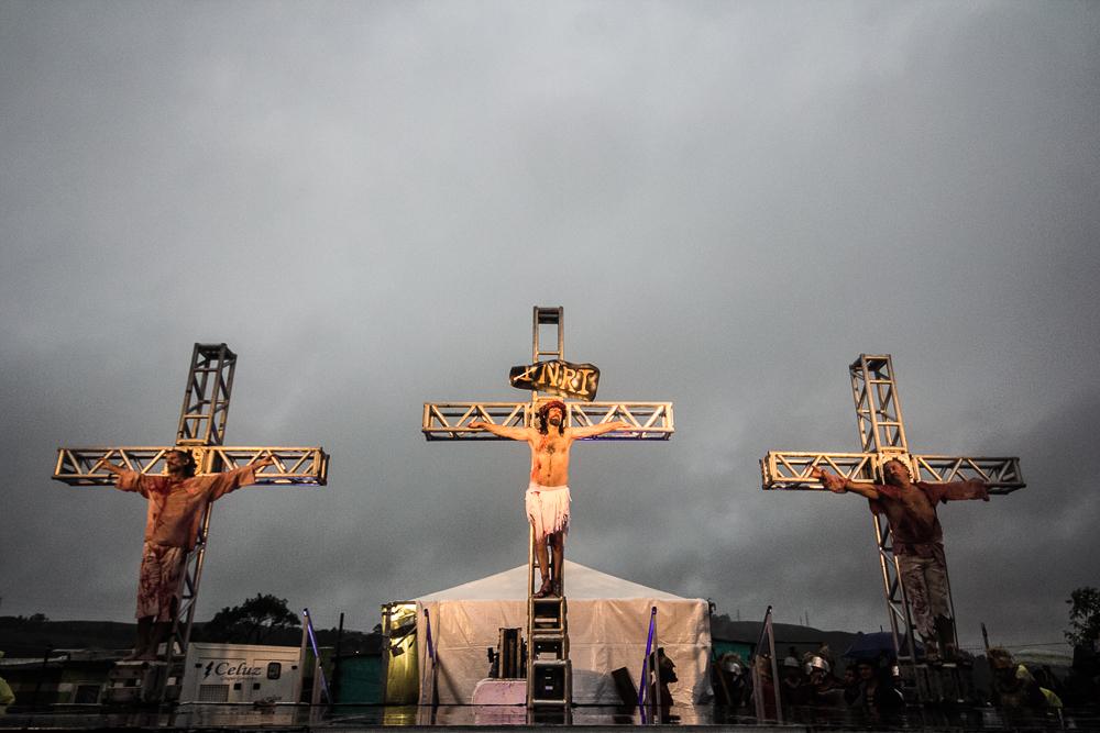 Procissão da Sexta-Feira Santa reuniu fiéis no Morro da Cruz, em Porto Alegre. (Foto: Banco de dados/ O Sul)