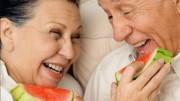 Nutriente presente na melancia que chamou a atenção é a citrulina, que ajuda a relaxar os vasos sanguíneos. (Crédito: Reprodução)