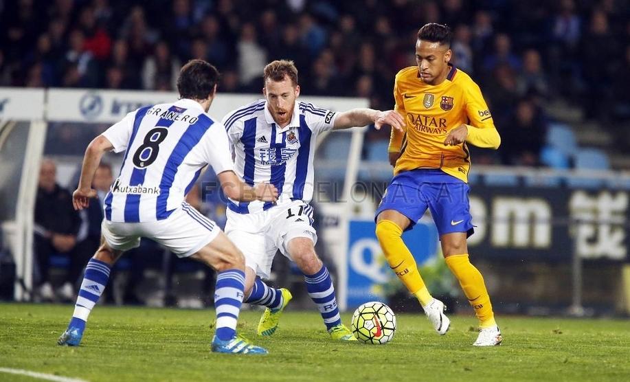 Messi passa em branco e Barcelona perde. Real Madrid goleia com gol de Cristiano  Ronaldo 0cb21ba2c2d3c