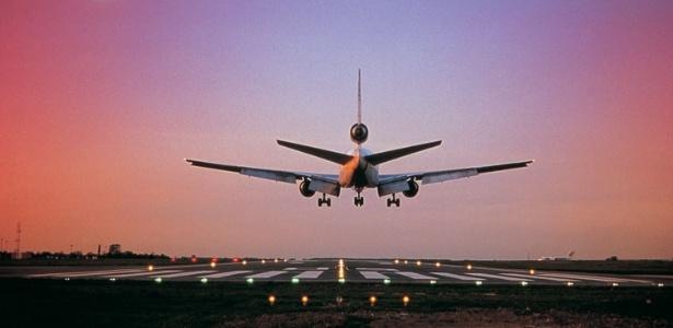 Tarifa máxima de embarque doméstico passará de R$ 27,69 para R$ 29,90 (Foto: Reprodução)