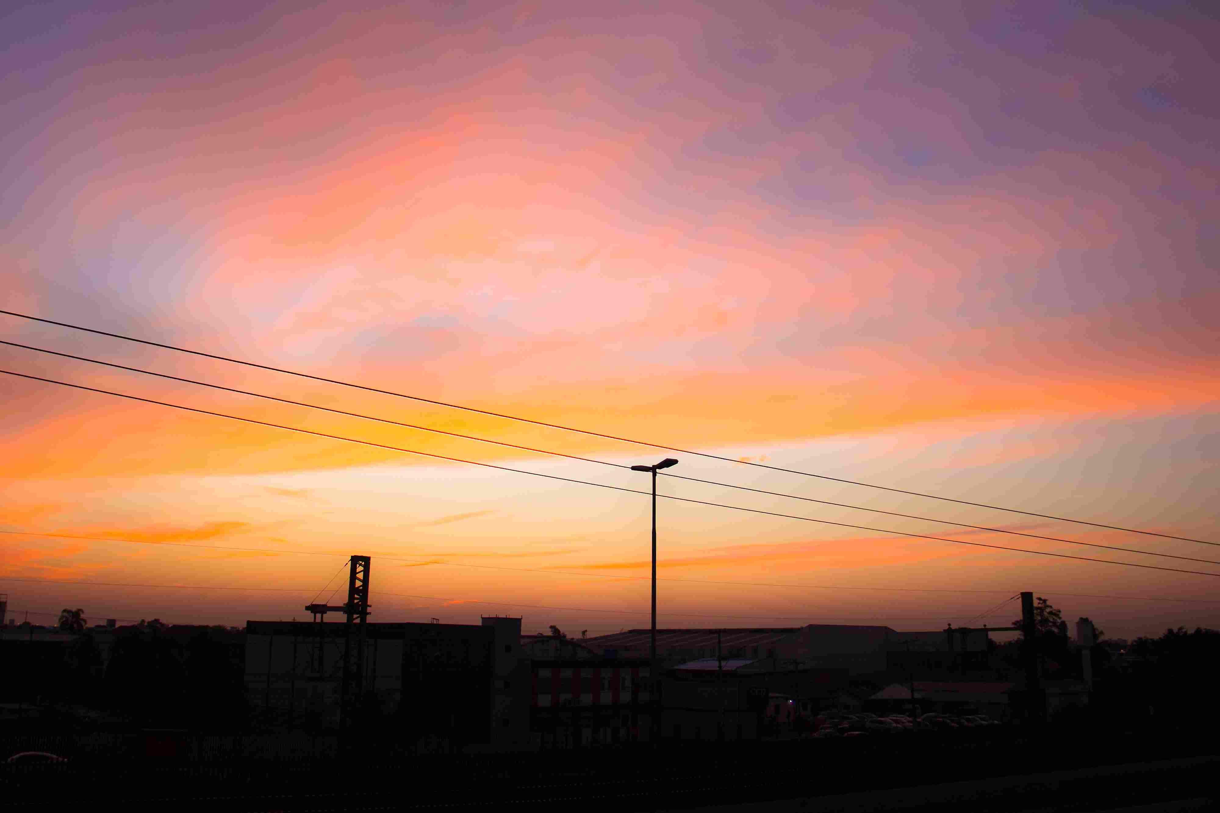 A massa de ar seco e frio de alta pressão que ingressou no Rio Grande do Sul, com queda acentuada da temperatura, trará um longo período de tempo firme para Porto Alegre (Foto: Banco de dados)