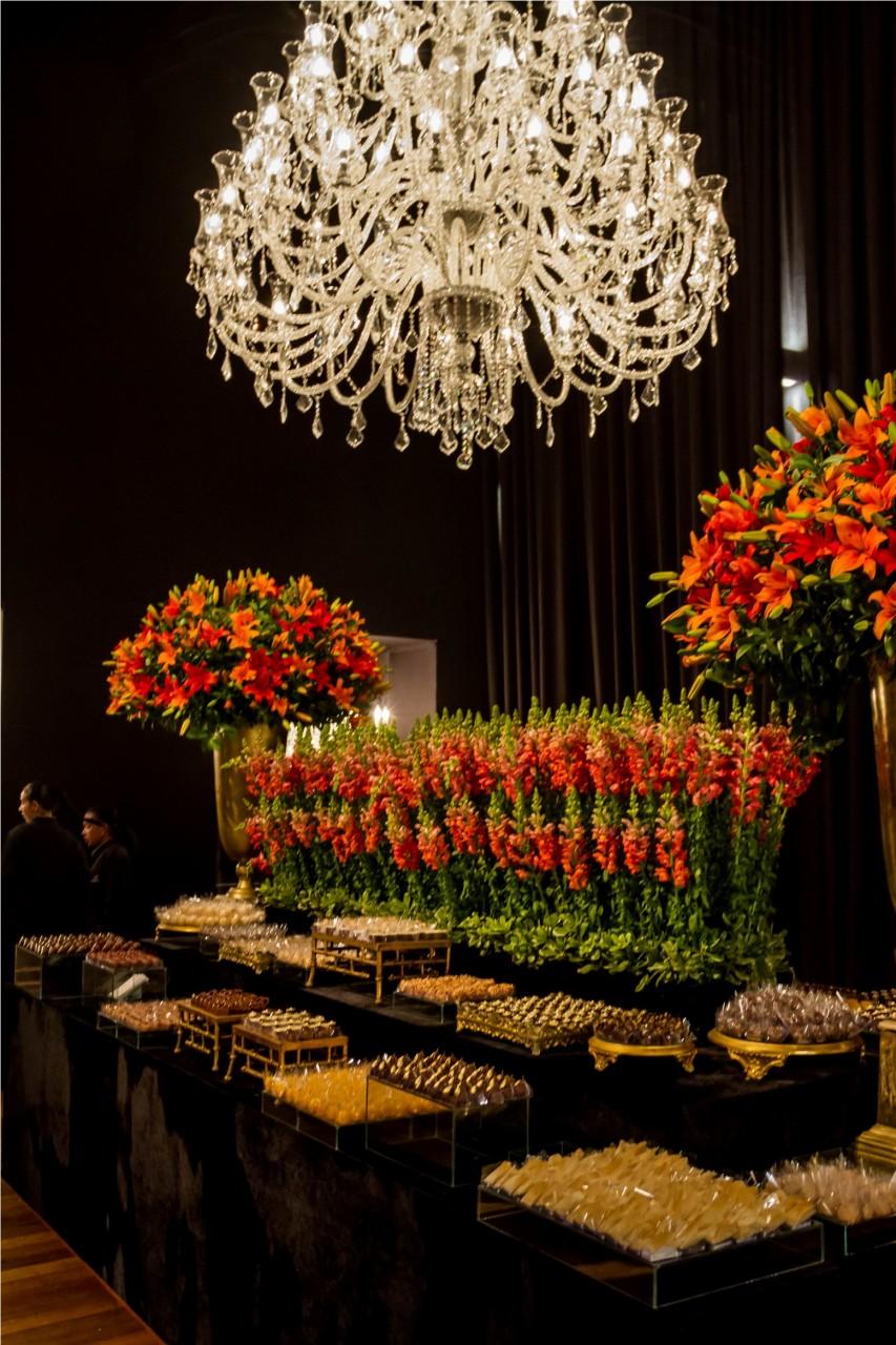 O colorido buffet de doces. (Foto: Pedro Antonio Heinrich/especial)