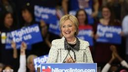 Hillary Clinton participa de evento do Partido Democrata  na Carolina do Sul (foto: reprodução)