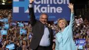 Hilary Clinton e o senador Tim Kaine, em sua primeira aparição pública juntos, neste sábado (23), em Miami. (Foto: Reprodução)
