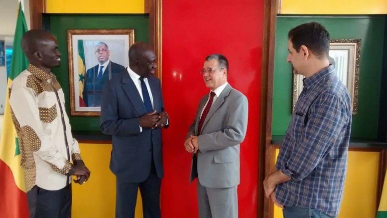 Deputado Nelsinho Metalúrgico  foi a Brasília pedir instalação de representações diplomáticas do Senegal e do Haiti no RS. (Foto: Divulgação)