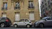 Carros com 19 anos ou mais não podem circular dentro de Paris (Foto: reprodução)