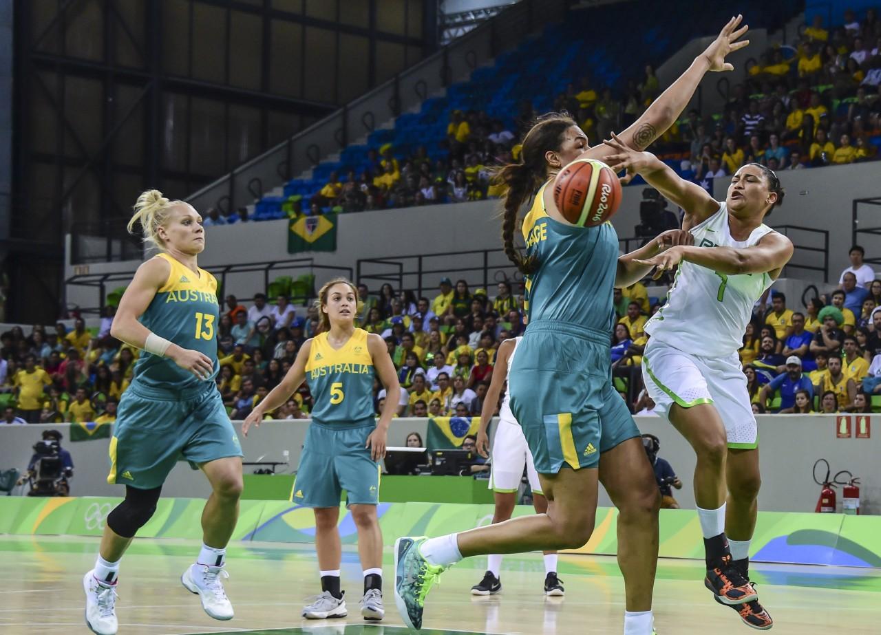 Brasil perdeu para a Austrália por 84 a 66 (foto: Foto: Wander Roberto/Exemplus/COB)