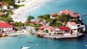 Eden  Rock, na ilha de St. Barths, promete encontros com celebridades e muita festa e diversão. (Crédito: Reprodução)