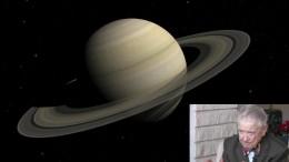 Norman Bergrun (detalhe) garante que óvnis foram registrados pelas autoridades nos anéis de Saturno. (Crédito: Reprodução)