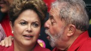 Lula foi ao Palácio da Alvorada para jantar com Dilma e lideranças do PT. (Foto: Banco de Dados)
