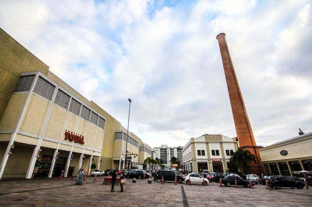 Alguns shoppings de Porto Alegre terão seus horários alterados devido ao feriadão. Foto: Jackson Ciceri/ O Sul