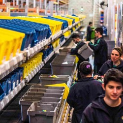 O centro de distribuição da empresa fica em Canoas, ocupando uma área de cerca de 12 mil metros quadrados. Fotos Jackson Ciceri/O SUL
