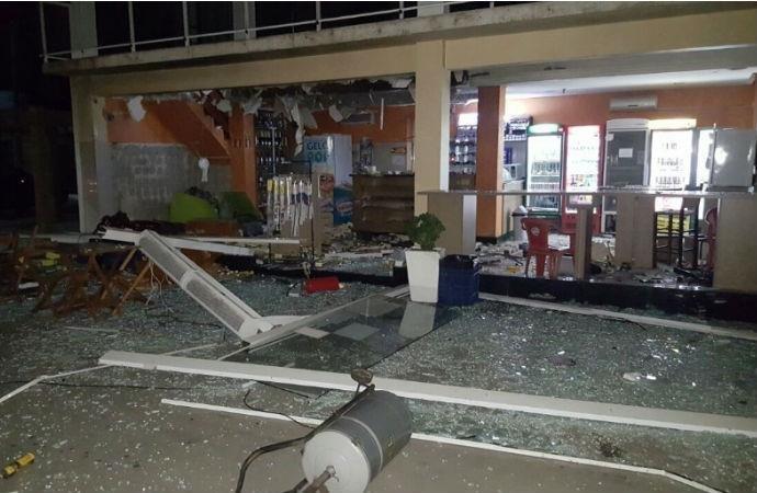Equipamento estava dentro da loja de conveniência (Foto: BM/Divulgação)