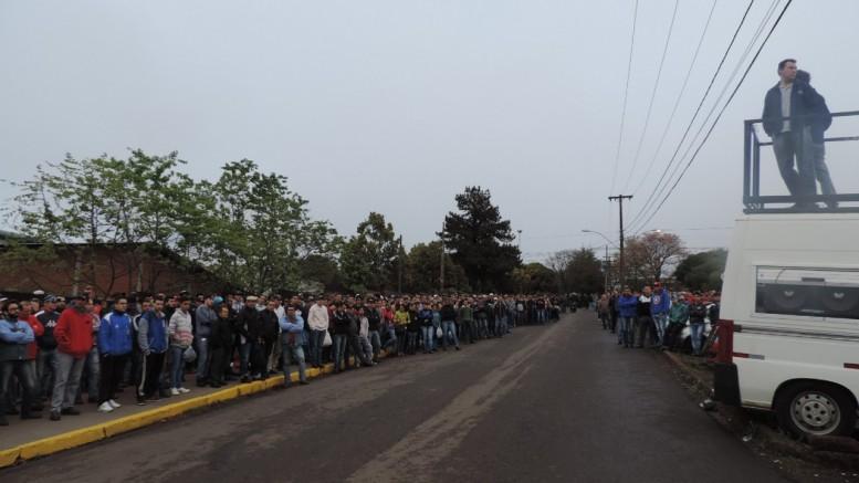 Trabalhadores foram dispensados no dia 1º deste mês. (Foto: Sindicato dos Metalúrgicos de Erechim/Divulgação)
