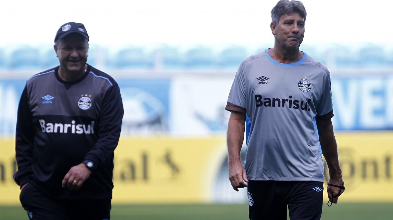 cd3a33c7fc Renato estreia no Grêmio e deve colocar três volantes contra o Atlético-PR  nesta quarta