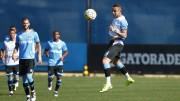 Everton (D) está recuperado de lesão muscular na coxa direita. (Foto: Lucas Uebel/Grêmio)