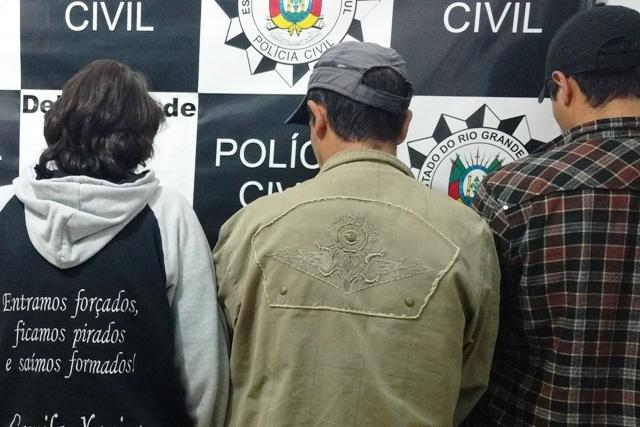 Trio foi encaminhado para o presídio de Vacaria (Foto: Polícia Civil/Divulgação)