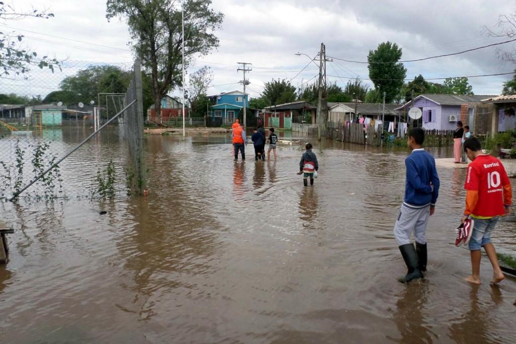 Guaíba voltou a baixar ao longo desta sexta-feira (foto: Bárbara Barbieri/Divulgação PMPA)