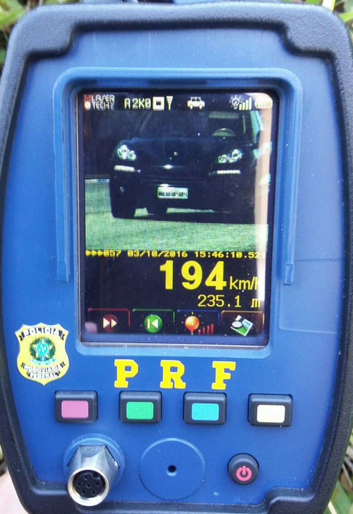 Motorista foi flagrado a 194km/h (PRF/divulgação)