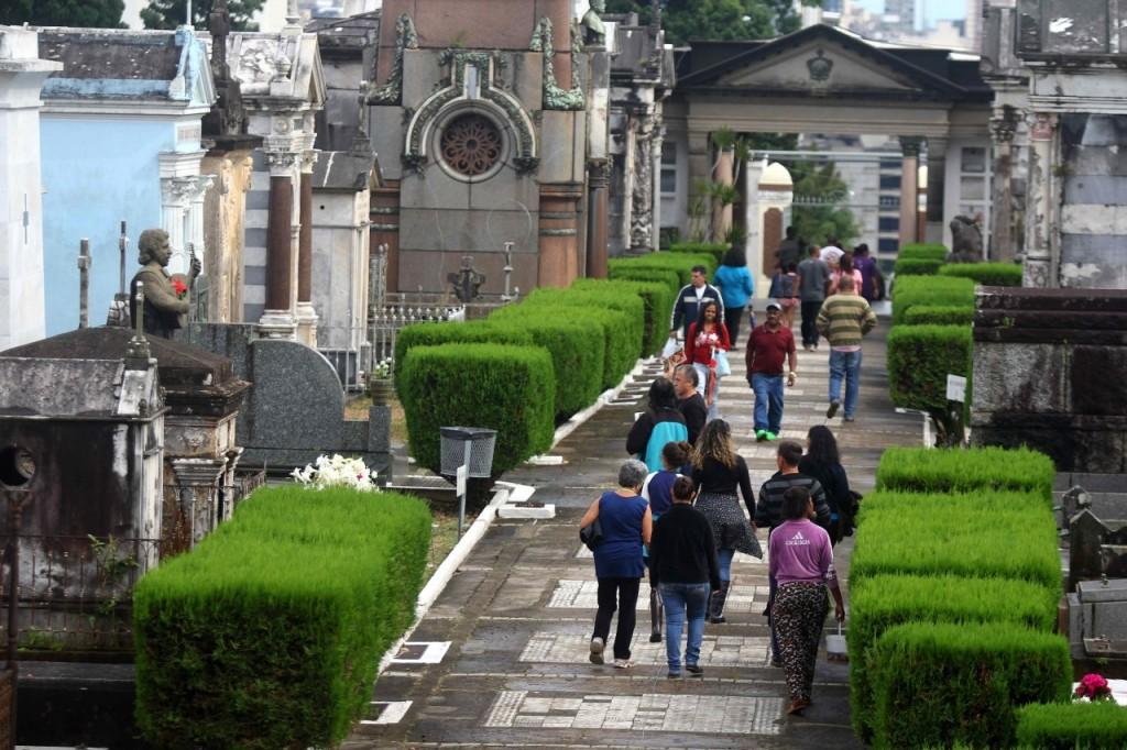 Cemitério da Santa Casa de Misericórdia, em Porto Alegre (Foto: Jackson Ciceri/O Sul)