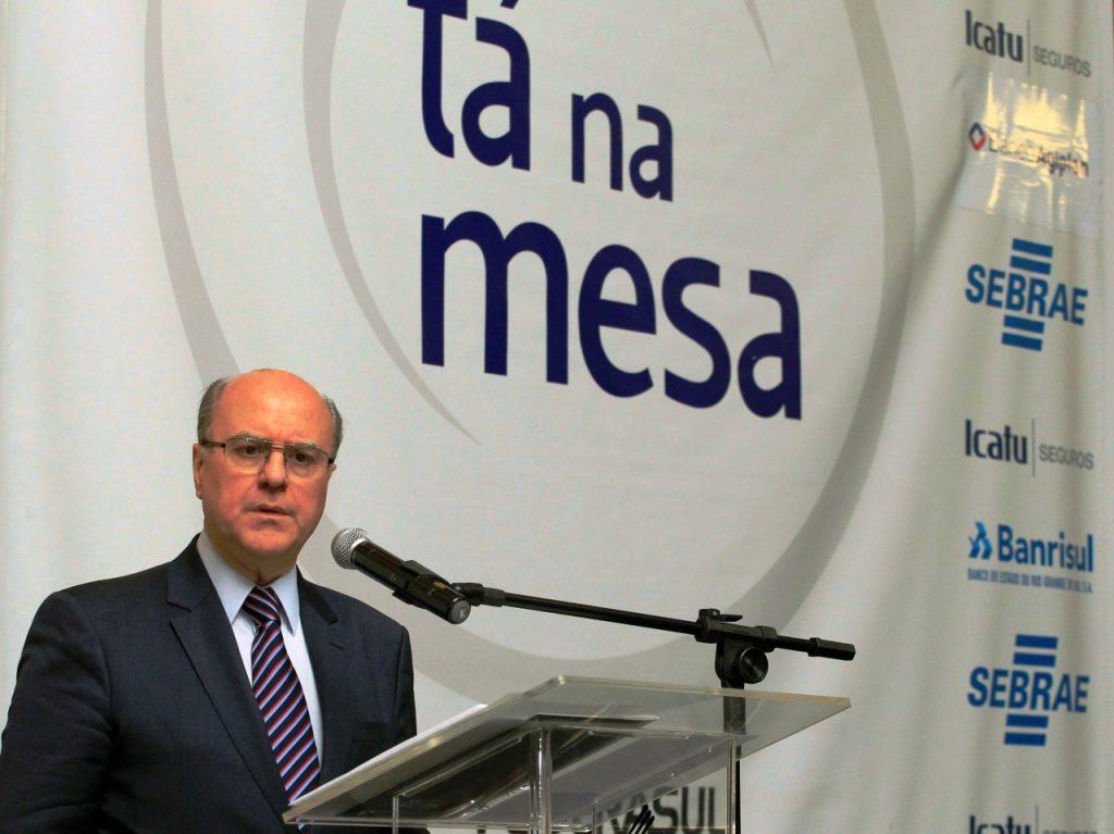 Secretário César Schirmer